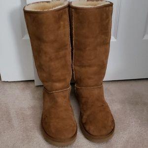 UGG high chestnut boot